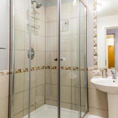 Отель Lets Holiday In London Greenwich ванная