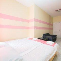Мини-Отель Компас Стандартный номер с двуспальной кроватью (общая ванная комната) фото 13