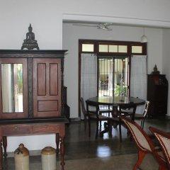 Отель Serene Holiday Bungalow Коттедж с различными типами кроватей фото 7