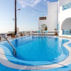 Отель Ampelonas Apartments Греция, Остров Санторини - отзывы, цены и фото номеров - забронировать отель Ampelonas Apartments онлайн бассейн фото 2