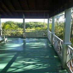 Отель Sea Eye Hotel - Laguna Building Гондурас, Остров Утила - отзывы, цены и фото номеров - забронировать отель Sea Eye Hotel - Laguna Building онлайн бассейн