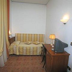 Hotel Alinari 3* Стандартный номер с различными типами кроватей фото 5