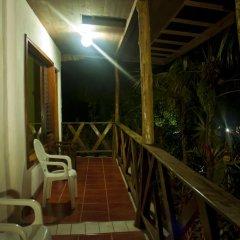 Hotel Jaguar Inn Tikal 3* Бунгало с различными типами кроватей фото 14