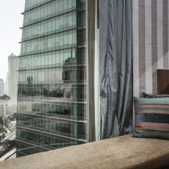 Отель The Continent Bangkok by Compass Hospitality 4* Стандартный номер с различными типами кроватей фото 38