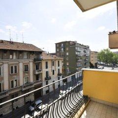 Апартаменты Cassala Halldis Apartments Милан балкон