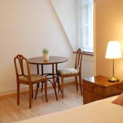 Отель The Bed and Breakfast 3* Стандартный номер с двуспальной кроватью (общая ванная комната) фото 9
