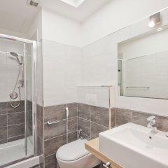 Отель Relais Sistina 2* Улучшенный номер с различными типами кроватей фото 4