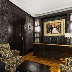 Luxury Spa Boutique Hotel Opera Palace интерьер отеля