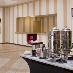 Отель DoubleTree by Hilton at the Entrance to Universal Orlando в номере фото 2