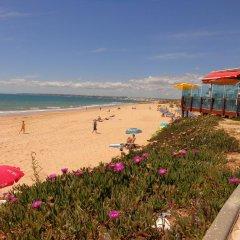 Отель V4 Sunshine пляж фото 2
