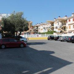 Апартаменты –Apartment Los Montesinos парковка