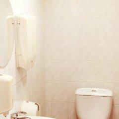 Отель Big Bed Hostel Латвия, Рига - отзывы, цены и фото номеров - забронировать отель Big Bed Hostel онлайн ванная