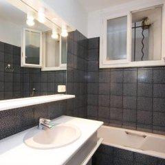 Отель Appartement Saint Rustique Франция, Париж - отзывы, цены и фото номеров - забронировать отель Appartement Saint Rustique онлайн ванная