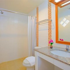 Orchid Garden Hotel 3* Улучшенный номер с двуспальной кроватью фото 8