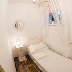 Хостел GOROD Патриаршие Номер с различными типами кроватей (общая ванная комната) фото 9