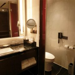 Baiyun Hotel Guangzhou 4* Номер Делюкс с различными типами кроватей фото 8