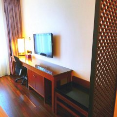 SSAW Boutique Hotel Shanghai Bund(Narada Boutique YuGarden) 4* Стандартный семейный номер с различными типами кроватей фото 2