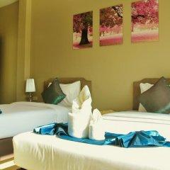 Отель AM Surin Place Номер Делюкс с двуспальной кроватью фото 15
