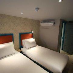 Queens Hotel 3* Улучшенный номер с различными типами кроватей фото 11