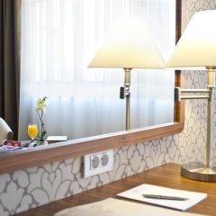 Ramada Hotel Cluj 4* Люкс с различными типами кроватей фото 3