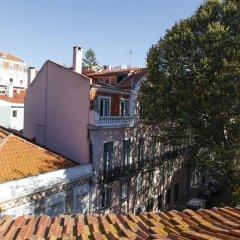 Отель Flores Guest House 4* Апартаменты с различными типами кроватей фото 3