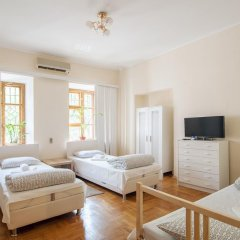 Гостиница Life на Белорусской 2* Стандартный номер с 2 отдельными кроватями (общая ванная комната) фото 9
