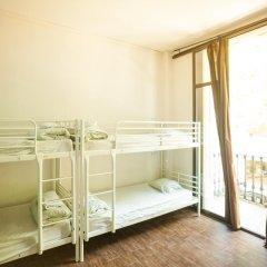 360 Hostel Barcelona Кровать в общем номере с двухъярусной кроватью фото 5