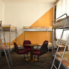 AZ-Hostel Кровать в общем номере с двухъярусной кроватью фото 2