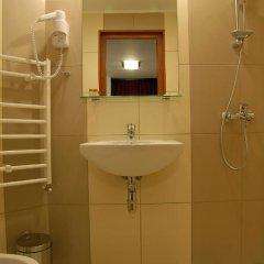Отель Dragneva Guest House Болгария, Чепеларе - отзывы, цены и фото номеров - забронировать отель Dragneva Guest House онлайн ванная фото 2