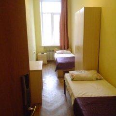 Гостиница Капитал Эконом Номер с общей ванной комнатой с различными типами кроватей (общая ванная комната) фото 7