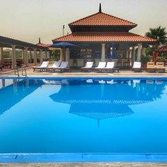 Отель Hyatt Regency Galleria Residence Дубай бассейн