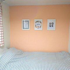 Отель Oneminute Guesthouse 2* Кровать в женском общем номере с двухъярусной кроватью