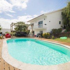 Отель Inn Houzz бассейн