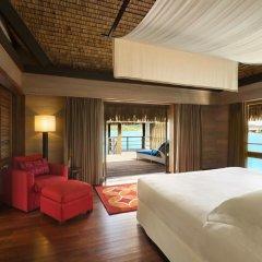 Отель The St Regis Bora Bora Resort 5* Улучшенная вилла Overwater с различными типами кроватей