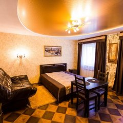 Гостиница Клуб Отель Фора в Кургане отзывы, цены и фото номеров - забронировать гостиницу Клуб Отель Фора онлайн Курган комната для гостей фото 3
