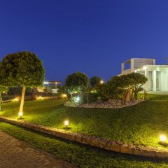 Отель Belvedere Beachfront Villa фото 4