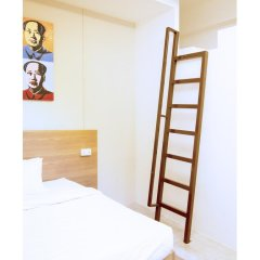 Отель 5footway.inn Project Ann Siang 2* Стандартный номер с различными типами кроватей фото 5