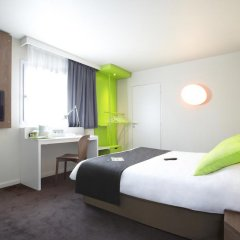 Отель Campanile Nice Airport 3* Улучшенный номер с различными типами кроватей фото 8