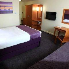 Отель Premier Inn Abu Dhabi Capital Centre 3* Стандартный номер с различными типами кроватей фото 4