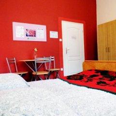 Budapest Budget Hostel Стандартный номер с различными типами кроватей (общая ванная комната) фото 4