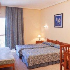 Отель Apartamentos Lux Mar Испания, Ивиса - отзывы, цены и фото номеров - забронировать отель Apartamentos Lux Mar онлайн комната для гостей фото 2
