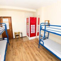Отель Kensal Green Backpackers 1 Кровать в общем номере с двухъярусной кроватью фото 6