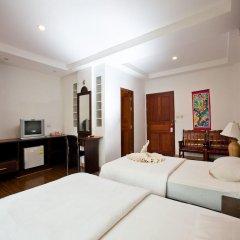 Отель Kaw Kwang Beach Resort 3* Номер категории Эконом с различными типами кроватей
