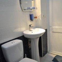 Отель Mr. Ilusha Грузия, Тбилиси - отзывы, цены и фото номеров - забронировать отель Mr. Ilusha онлайн ванная