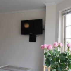 Апартаменты Amalie Bed and Breakfast & Apartments Стандартный номер с различными типами кроватей фото 12