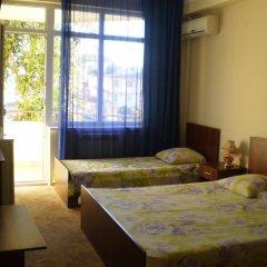 Гостевой дом Альмира комната для гостей фото 3