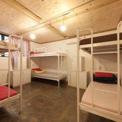 Lazy Fox Hostel Кровать в мужском общем номере с двухъярусной кроватью фото 2
