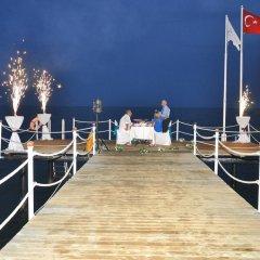 Tui Day&Night Connected Club Life Belek Турция, Богазкент - 5 отзывов об отеле, цены и фото номеров - забронировать отель Tui Day&Night Connected Club Life Belek онлайн приотельная территория фото 2