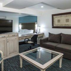 Holiday Inn Hotel And Suites Zona Rosa 4* Люкс повышенной комфортности фото 4