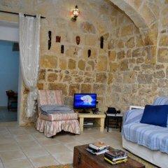Отель Dar Ghax-Xemx Farmhouse Мальта, Виктория - отзывы, цены и фото номеров - забронировать отель Dar Ghax-Xemx Farmhouse онлайн комната для гостей фото 4